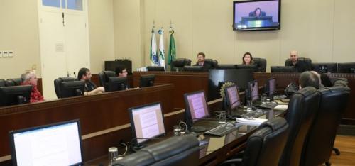 Trabalhadores (as) da CELEPAR fecham acordo em audiência no TRT-PR